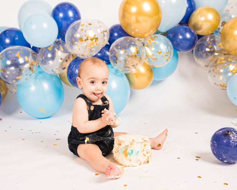 Kids studio cake smash photography in Bozeman, Montana